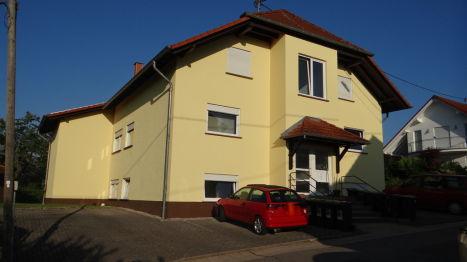 Mehrfamilienhaus in Losheim  - Bachem