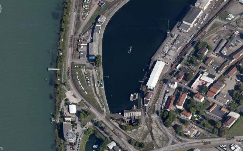 NEU Kehl PRIVAT LAGERBOX MIETEN 5 95 m� Monat - Gewerbeimmobilie mieten - Bild 1