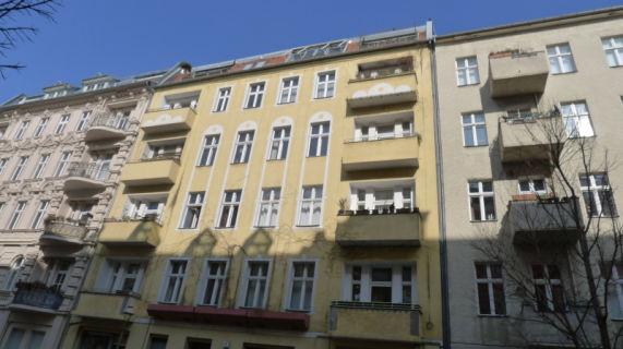 Kapitalanlage in einem schönen Berliner Altbau: 2-Zimmer-Wohnung in Schöneberg