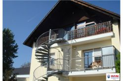 Dachgeschosswohnung in Gau-Weinheim