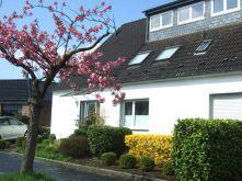 Dachgeschosswohnung in Duisburg  - Huckingen
