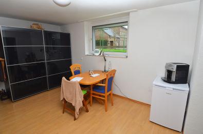 Souterrainwohnung in Köln  - Widdersdorf