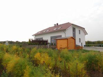 Dachgeschosswohnung in Mainz  - Finthen