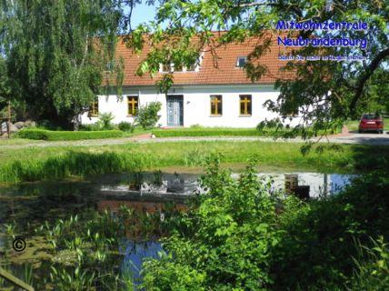 Naturnahe, möblierte Wohnung bei Neubrandenburg (Woggersin/Lebbin)