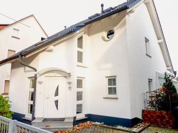 Einfamilienhaus in Friedrichsdorf  - Friedrichsdorf