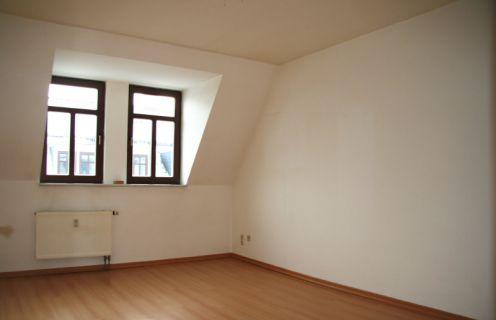 Dachgeschoss mit Ausblick!Provisionsfreie 2 Zimmer in Altlindenau!