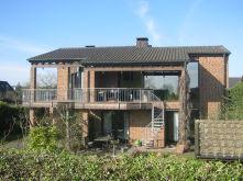 Besondere Immobilie in Meerbusch  - Lank-Latum