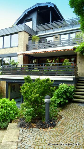 Zweifamilienhaus in Bergisch Gladbach  - Katterbach