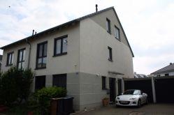 Doppelhaushälfte in Köln  - Lövenich