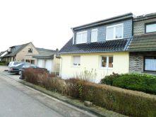 Doppelhaushälfte in Köln  - Vogelsang