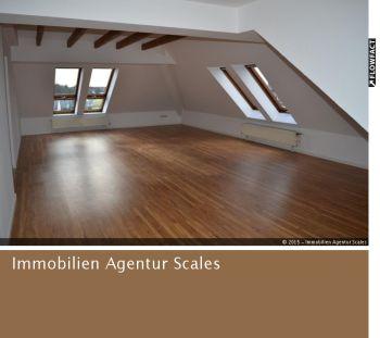 Dachgeschosswohnung in Düsseldorf  - Unterrath