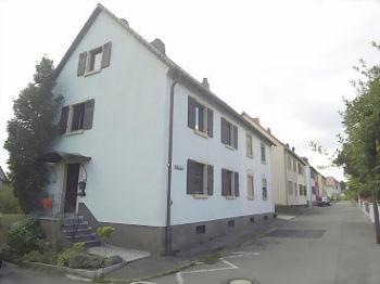 Doppelhaushälfte in Rhodt