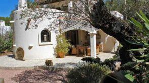 Villa in Cala Lenya