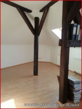 Dachgeschosswohnung in Halle  - Kröllwitz