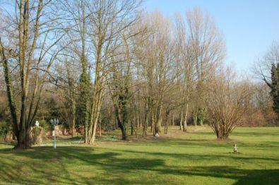 Wohngrundstück in Düsseldorf  - Lohausen
