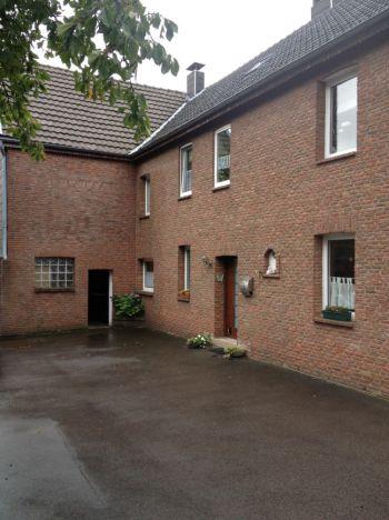Mehrfamilienhaus in Hürtgenwald  - Vossenack