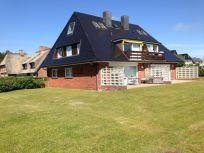 Dachgeschosswohnung in Wenningstedt-Braderup