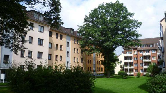 Helles und gemütliches Dachgeschoss in ruhiger Lage (§5-Schein für 2 Pers.)