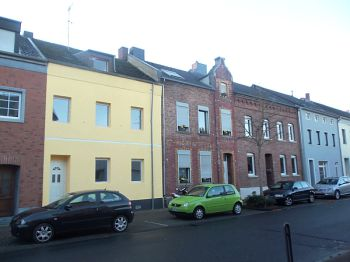 Reihenmittelhaus in Düren  - Rölsdorf