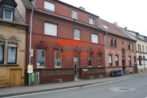 Große 4-ZKB ETW mit großem Keller und 2 kleinere Zimmer (ehem. Balkone)!!...