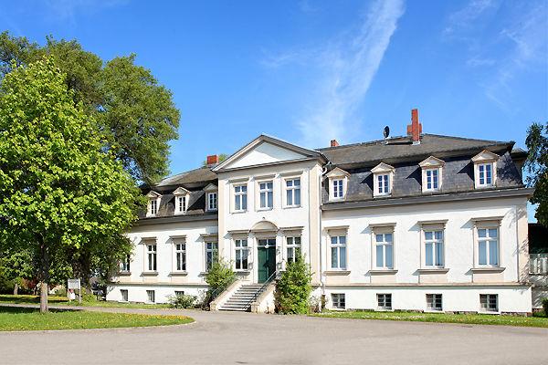 Besondere Immobilie Gesch�ftsfrau Konzept begeistert - Haus mieten - Bild 1