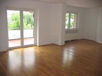 Einfamilienhaus in Neu-Isenburg  - Neu-Isenburg