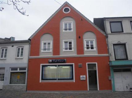 1,5 Zimmer Wohnung, Neustadt 5 (2. OG)