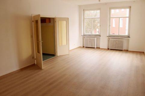 Für Jung und Alt - Etagenwohnung in zentraler Lage in Oberpleis