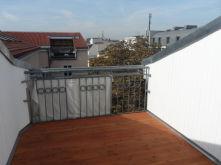 Dachgeschosswohnung in Berlin  - Mitte