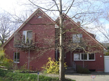 Mehrfamilienhaus in Hamburg  - Neugraben-Fischbek