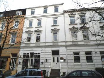 Mehrfamilienhaus in Hamburg  - Uhlenhorst