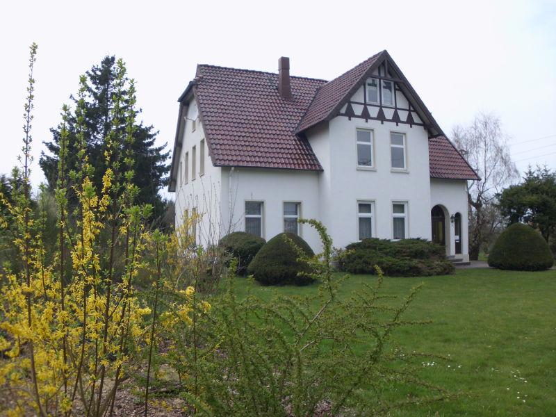 Sehr repr�sentative EG Wohnung alten Zweifamilienhaus Charme VERMIETET - Haus mieten - Bild 1