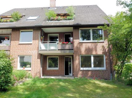 Nähe Ortskern Rissen, familiengerechte 2 2/2-Zi.-Wohnung mit Garten