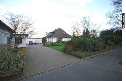 Bungalow in Westerstede  - Hüllstede