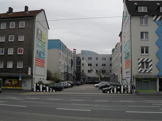 Ger�umiger Imbiss Lieferservice Bahnhofsn�he - Gewerbeimmobilie mieten - Bild 1
