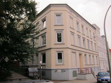 Schöne 2,5 Zimmer Wohnung mit Wohnküche