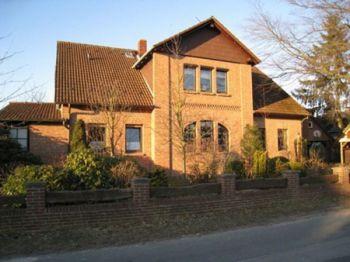 Mehrfamilienhaus in Wienhausen  - Oppershausen