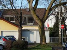 Dachgeschosswohnung in Köln  - Urbach