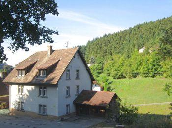 Mehrfamilienhaus in Malsburg-Marzell  - Malsburg