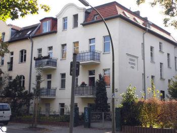 Dachgeschosswohnung in Berlin  - Waidmannslust