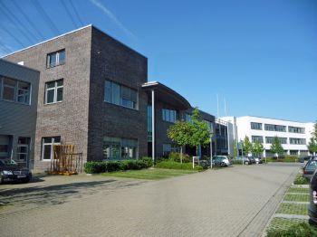 Büro- und Lagergebäude in Hamburg  - Eißendorf