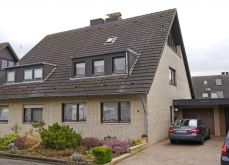 Doppelhaushälfte in Neuss  - Rosellen