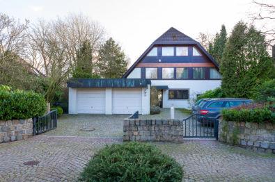 Villa in Hamburg  - Wellingsbüttel