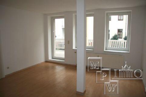 Singlewohnung mit riesigem Balkon!