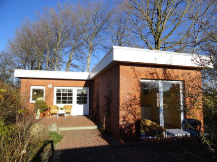 Oldenburg i.H., Attraktiver Bungalow mit 2 Appartements, Ostsee nahe...