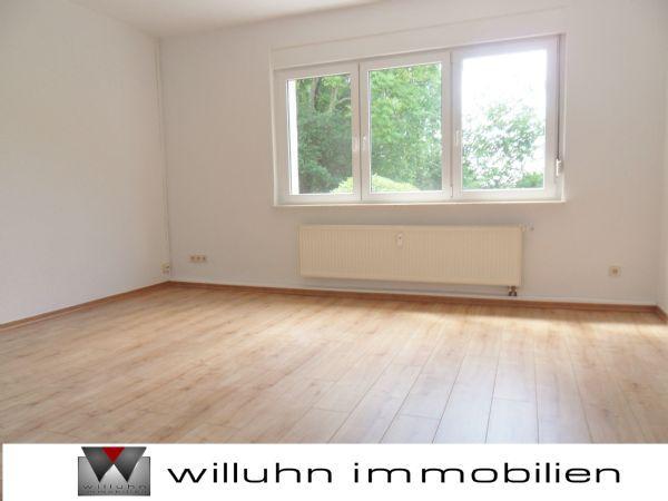 Genie�en Sie Blick Gr�ne Laminat Bad Wanne Fenster - Wohnung mieten - Bild 1