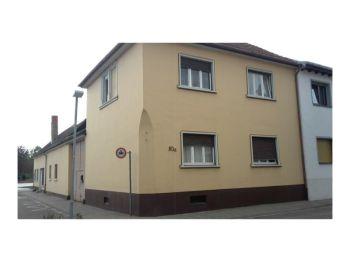 Zweifamilienhaus in Altlußheim
