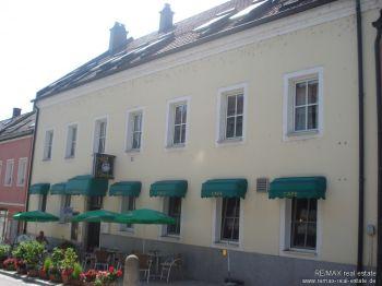 Mehrfamilienhaus in Donaustauf  - Donaustauf