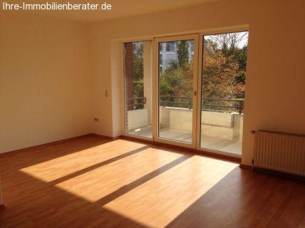 1 Zimmer-Appartement mit Einbauküche und Balkon im Zentrum