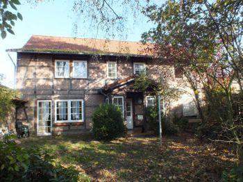 Besondere Immobilie in Wahrenholz  - Betzhorn